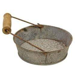 Galvanized Pie Pan with Handle, Shallow