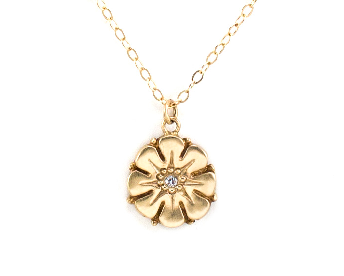 Gold Flower Necklace with Diamond