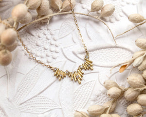vintage style gold necklace