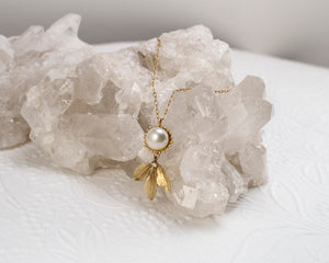 Dahlia Pearl & Sprig Necklace