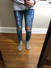 Load image into Gallery viewer, Five Pocket Distressed Jeans