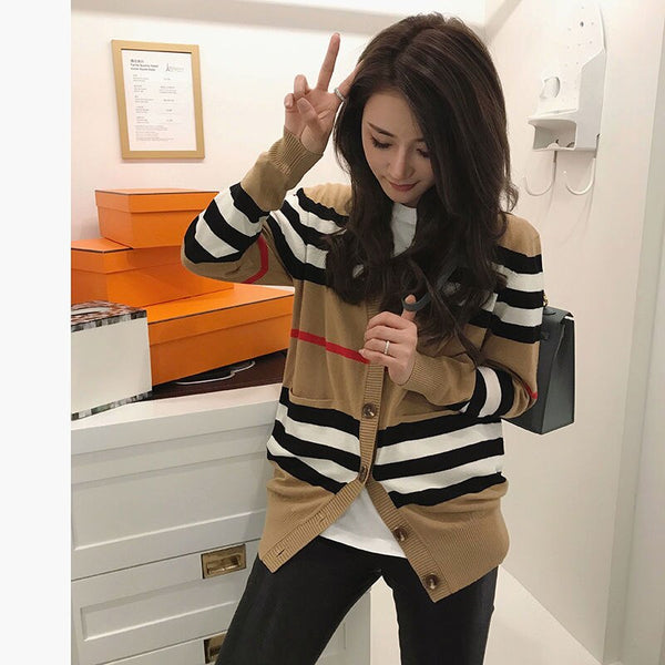 Knitted cardigan jacket women's autumn 2020 new Korean version of loose Joker sweater women's long sleeve sweater thin
