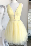 YELLOW V NECK TULLE SEQUIN SHORT Homecoming Dress    cg12966
