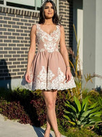A-Line V-Neck Two Straps Homecoming Dresses With Appliques cg1632