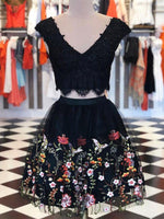 Two Pieces V neck Lace Dresses Short Black Homecoming Dress With Floral cg1881