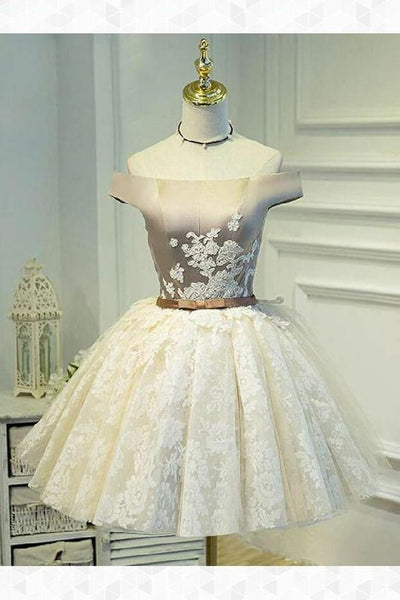 Ball Gown Off Shoulder Short Ivory Lace Homecoming Dress with Appliques cg261