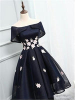 Off-the-Shoulder Black Organza Homecoming Dresses With Handmade Flower , Short homecoming Dresses cg32