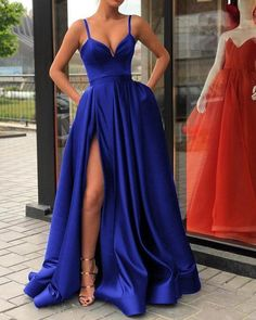 Spaghetti Straps Black Prom Gown Long Evening Party Gown with Slit  cg6016