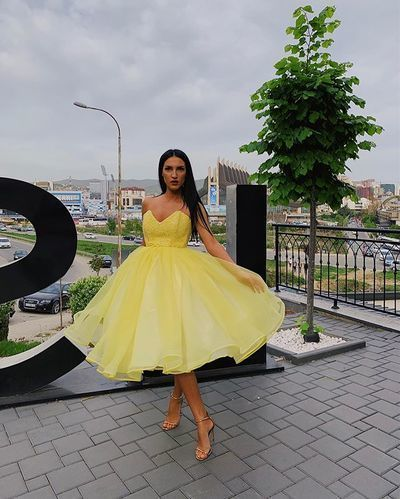 Beautiful A Line Sweetheart Yellow Prom Dresses with Ruffles   cg6621