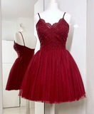 Spaghetti Straps A-Line Burgundy Tulle Short homecoming Dress with Lace cg866