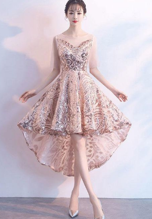 Champagne tulle sequin short homecoming dress. homecoming dress cg884