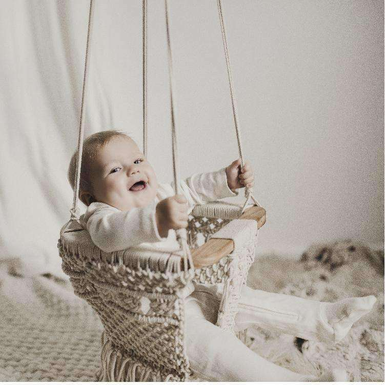 Macrame Hand-Knotted Swing