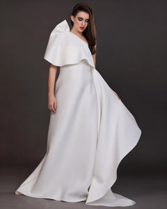Essence- Structured Trail Drape