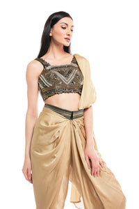 Chained dhoti saree