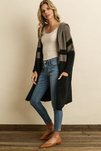 Load image into Gallery viewer, Hannah Colorblock Cardigan - John and Suki