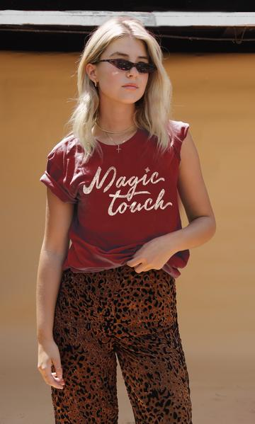 Magic Touch Tee - John and Suki