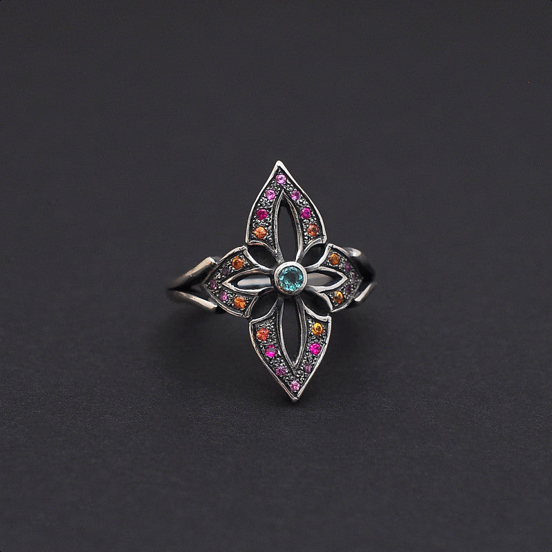 Ring in silver with emerald, rubies & sapphires by Ewa Z. Sleziona