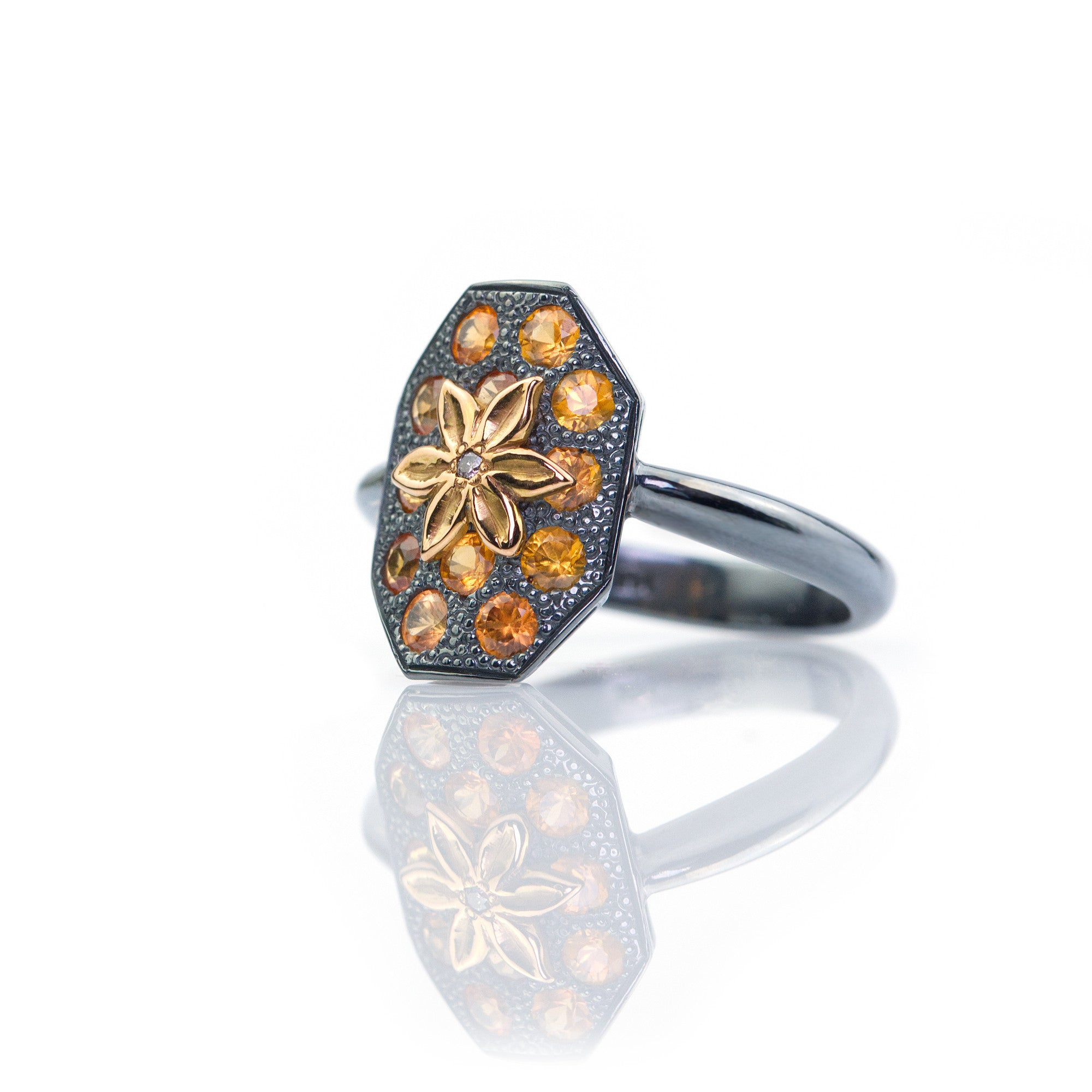 Shield ring with 14k gold handcarved flower by Ewa Z. Sleziona  Jewellery