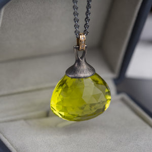 Oro verde Quartz with brown diamonds necklace, crafted in 18K gold and sterling silver. Ewa Z. Sleziona Jewellery