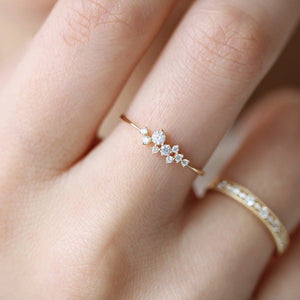 Simple 3 Rhinestone Crystal Ring For Your Valentine