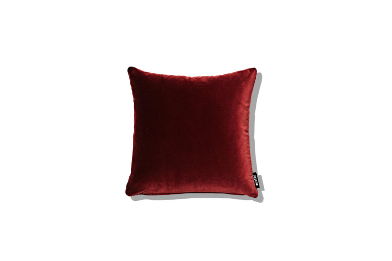 Cushion Helenium Rust 400 - SHOP NOW - Zuster Furniture