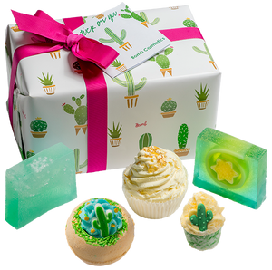 Stuck On You Bath Bomb Gift Set