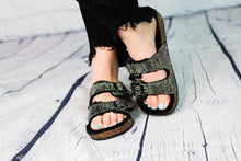 Load image into Gallery viewer, Benefit Sparkly Sandal