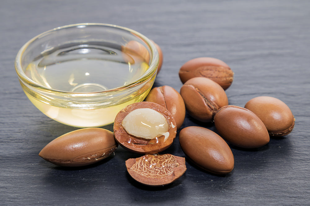 5 Reasons Why Every Man Should Be Using Argan Oil for Their Skin