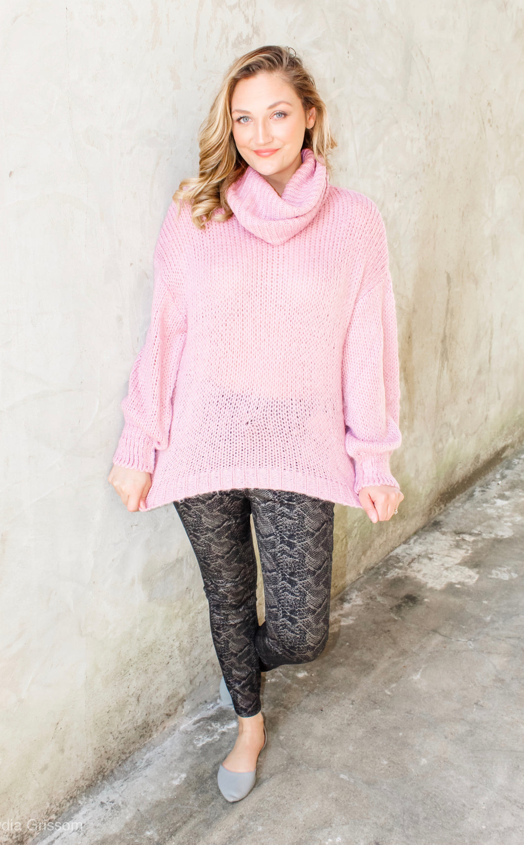 Heavenly Dusty pink turtleneck sweater