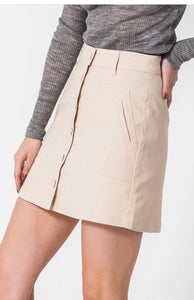 Anything goes with an Ivory (mini)  skirt