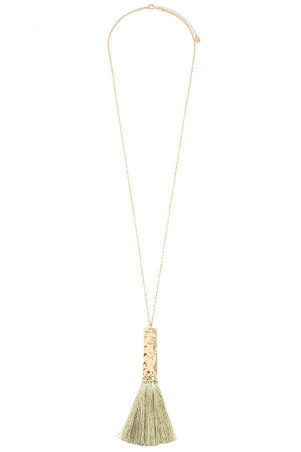 Elongated tassel pendant necklace