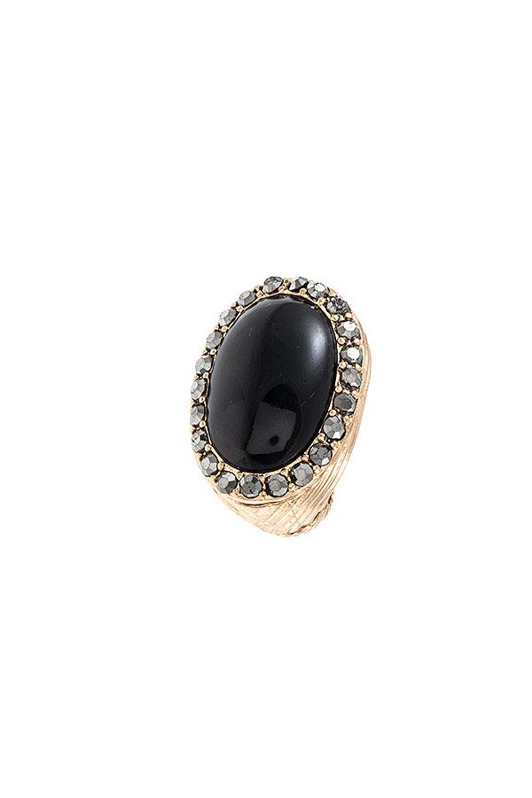 Oval Framed Stretch Ring