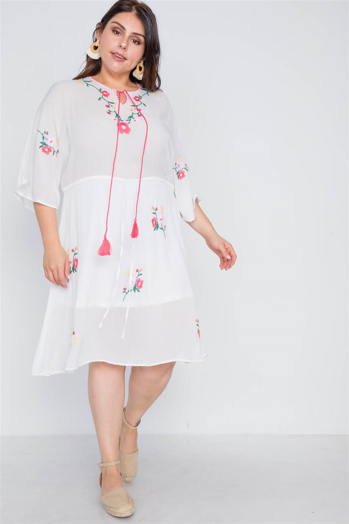 Plus Size Off White Floral Embroidery Midi Dress