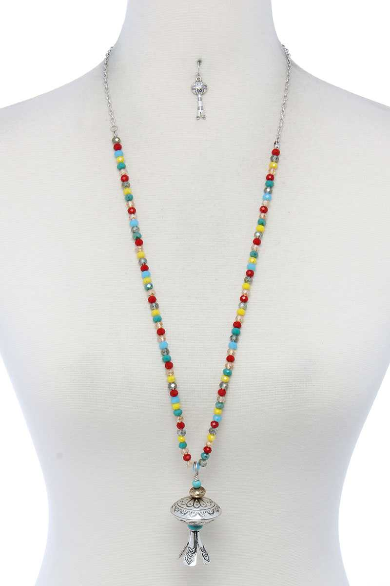 Metal Pendant Beaded Necklace