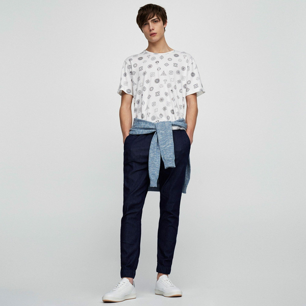 Pull And Bear Short Sleeve Printed Tee