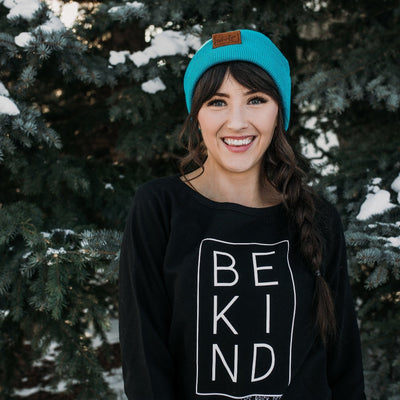 The Terry | Bright Turquoise Mountain Girl Toque