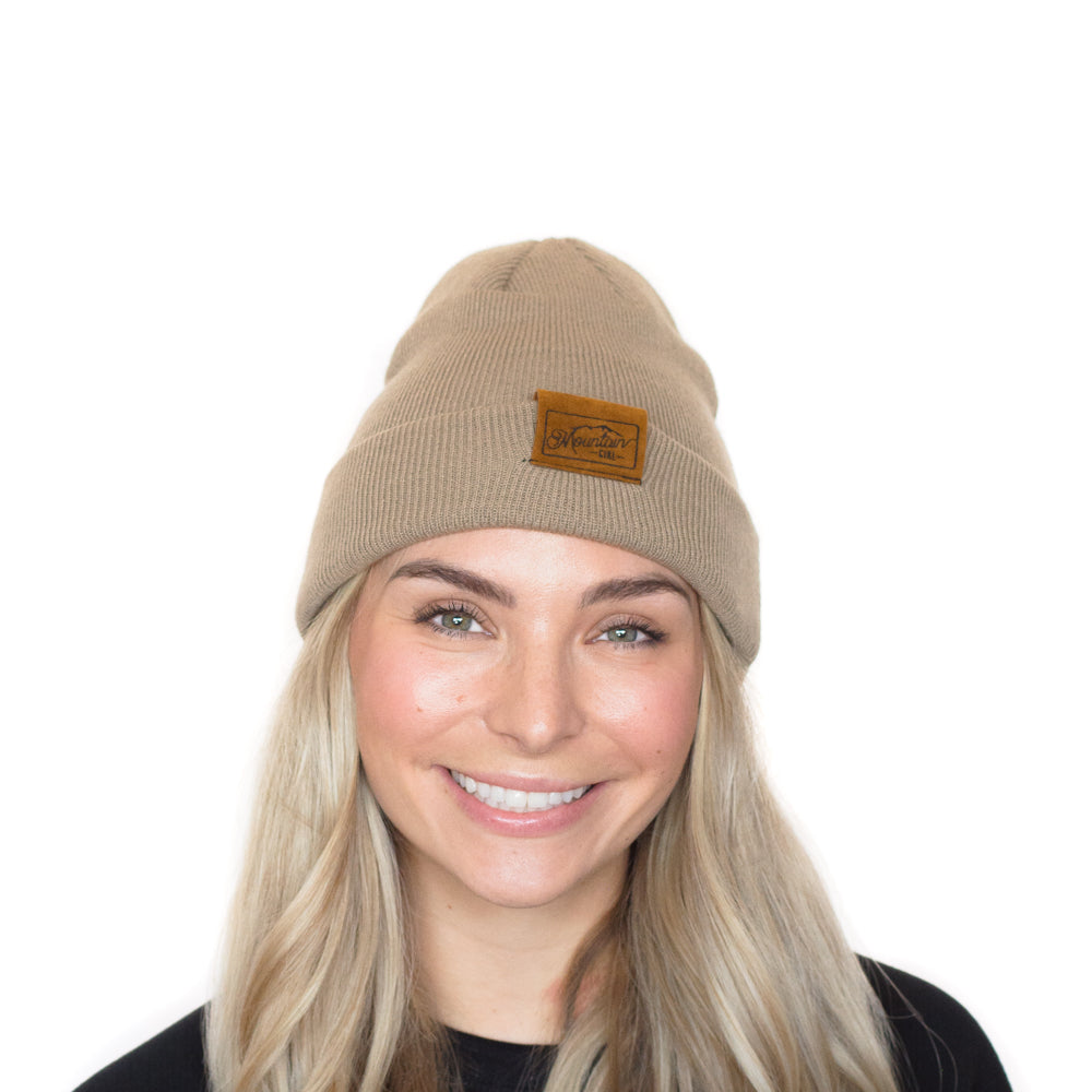 The Gilbert | Grey Mountain Girl Toque
