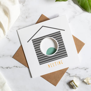 Birdhouse Card - Nesting