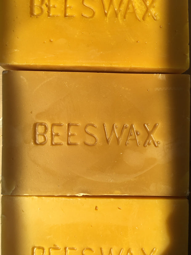 Hand-Dipped Beeswax Tapers 1