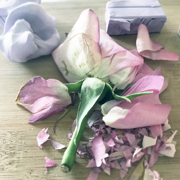 Crushed Rose Petal Remembrance Jewelry | Funeral Jewelry | FENNOFashion