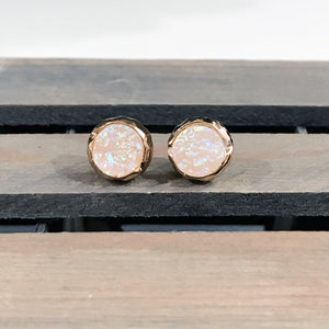 Druzy Stone Stud Earrings | Druzy Jewelry | Megan Fenno | FENNO FASHION
