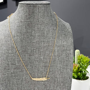 Gold Feather Necklace | Dainty Feather Necklace | FENNO FASHION