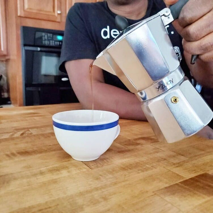 Espresso Shots With Fabiola Corbett Using Zulay Moka Pot!