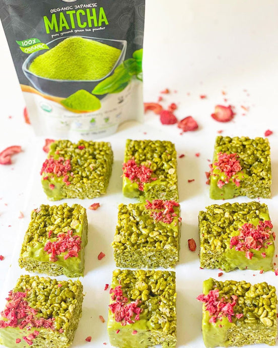 Matcha Rice Krispies Dipped In White Chocolate With Strawberries Recipe