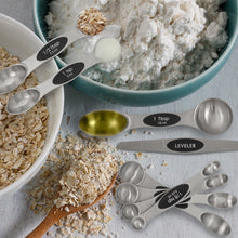 Load image into Gallery viewer, Stainless Steel Magnetic Measuring Spoons, 8 Piece Set with Leveler