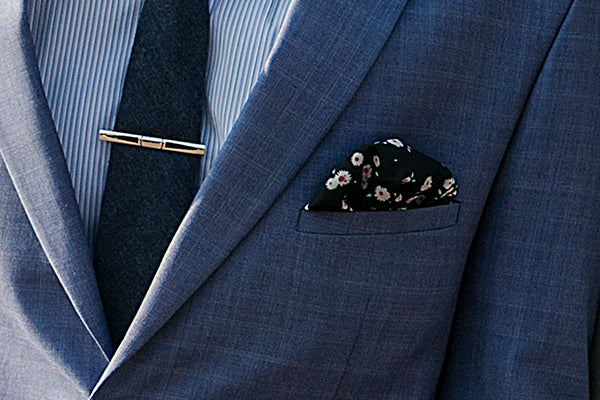 How to Wear a Pocket Square in 5 Different Ways