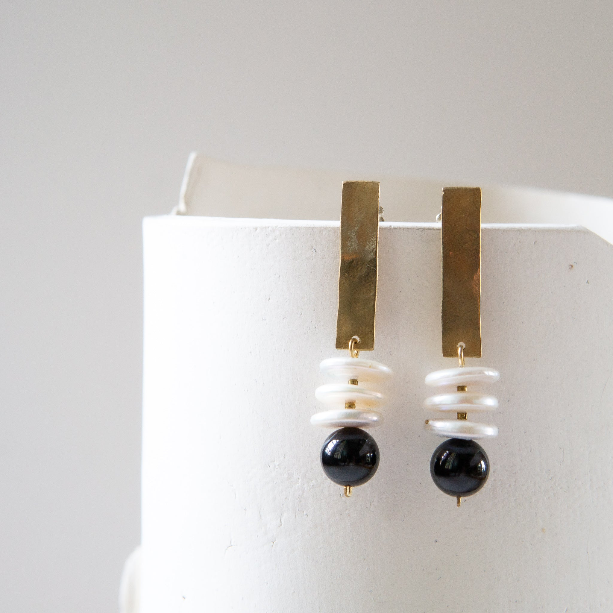 Kari Phillips: Gocciola Earrings with Pearls