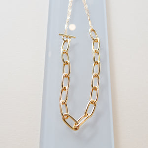 Maslo: Oval Chained Necklace