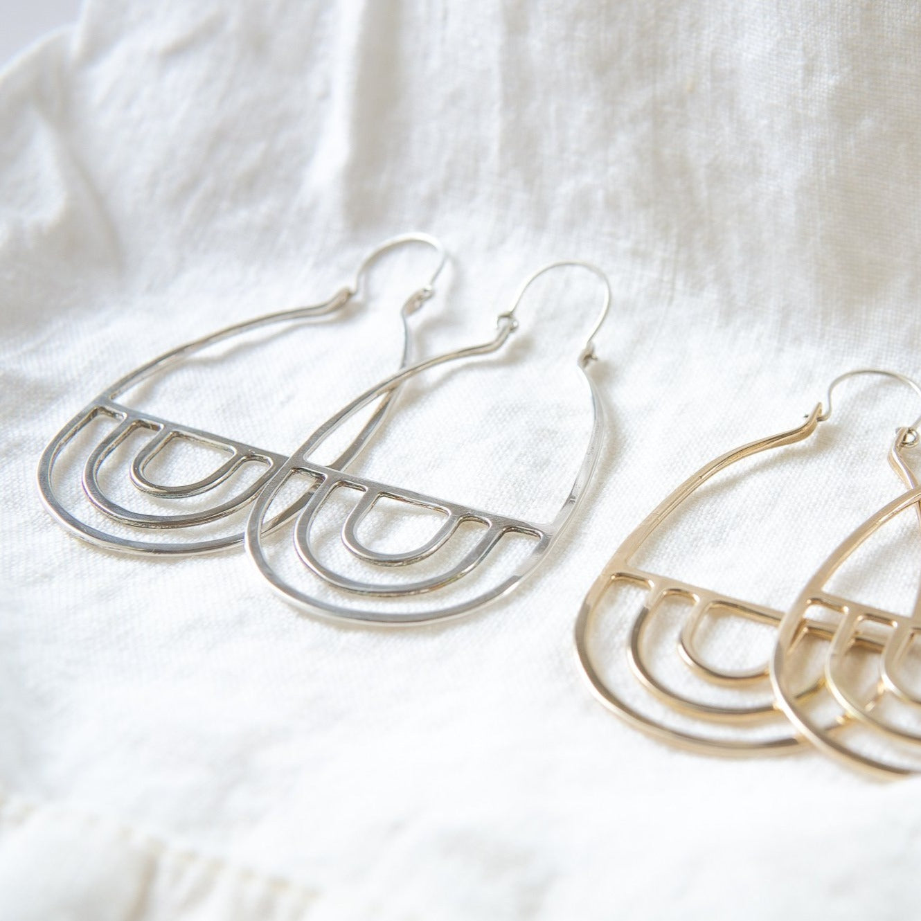 Tiro Tiro: Arcos Earrings