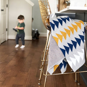 Seek and Swoon: Adventure Throw